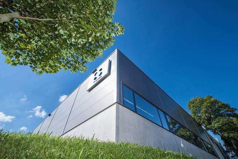 Die 1949 gegründete Franke GmbH aus Aalen entwickelt und produziert Drahtwälzlager, Drehsysteme und Linearsysteme unter anderem für die Medizintechnik, erneuerbare Energien sowie die Luft- und Raumfahrttechnik.