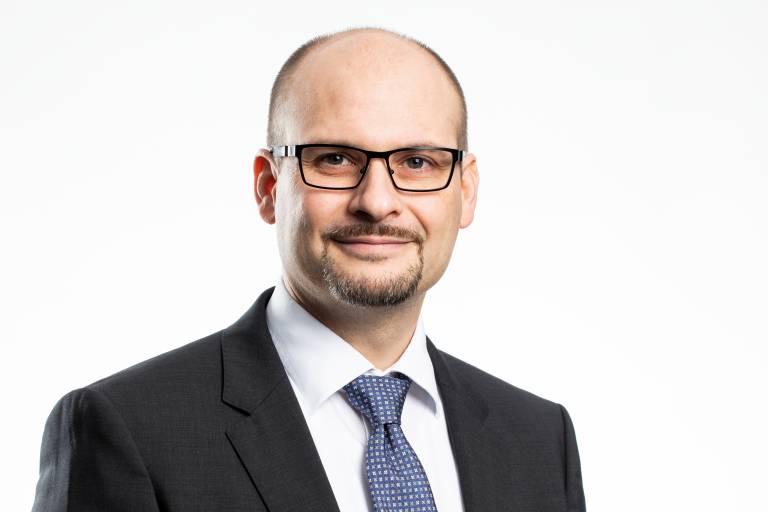 """""""Branchenübergreifend hatte sich bereits Ende 2019 ein Rückgang abgezeichnet, der durch Corona nochmals drastisch verschärft wurde und sich auch noch eine gewisse Zeit durchzieht. Es bleibt die Sorge, wie es mit den Insolvenzen weitergeht."""" Markus Horn, Geschäftsführer der Paul Horn GmbH"""