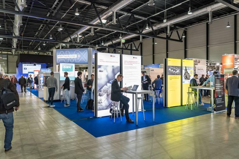 Nach fast zwei Jahren ist es wieder möglich, sich im persönlichen Kontakt über den professionellen 3D-Druck und die Medizintechnik in Luzern auszutauschen.