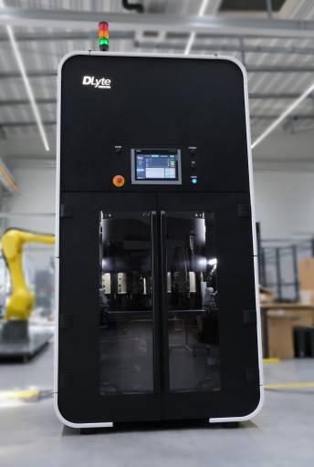 Toolcraft erweitert seine Möglichkeiten mit einer Polieranlage DLyte PRO500.