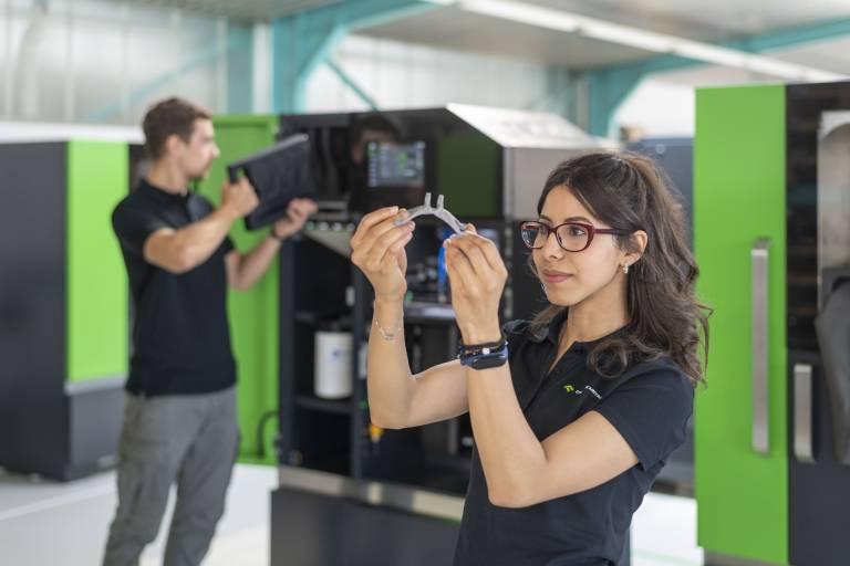 Die One Click Metal GmbH bietet bewährte 3D-Drucktechnologie in Metall für Jedermann zum Einstiegspreis. (Bilder: One Click Metal GmbH)