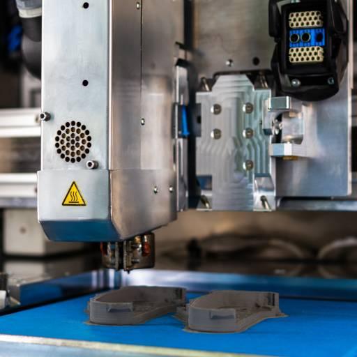 CEM-E2 Extruder für das 3D-CEM-Verfahren höheren Aufbaugeschwindigkeiten und verbesserter Bauteilgüte.