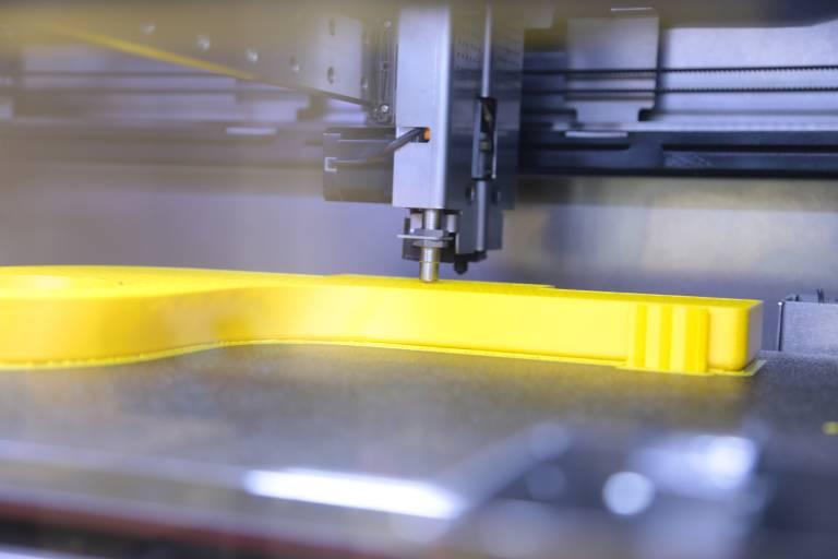 Auch im FDM-Bereich bieten österreichische Maschinenhersteller industrietaugliche Lösungen.
