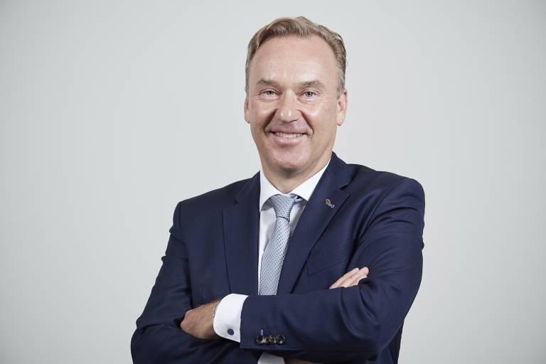 Gerald Vogt (50) folgt auf Rolf Strebel (65) als neuer CEO der Stäubli Group.