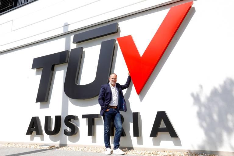 TÜV Austria war im Krisenjahr der einzige TÜV mit Umsatz- und Mitarbeiterwachstum.