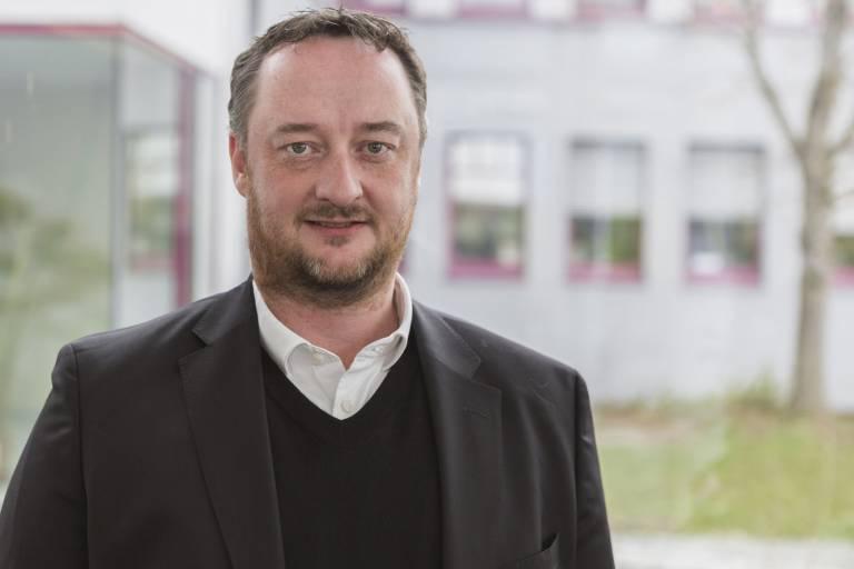 Mit Fredrik Holmberg verfügt B&R über einen ausgewiesenen Experten im Bereich Medical Device Assembly.