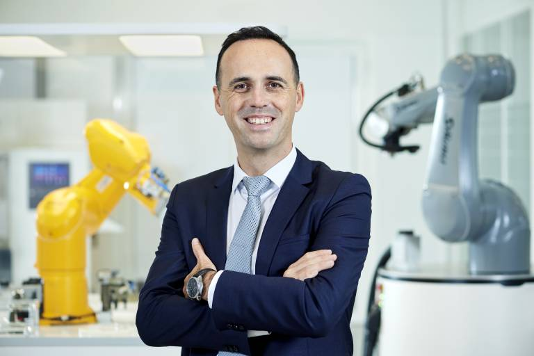 Christophe Coulongeat wird Leiter des Geschäftsbereichs Robotics.