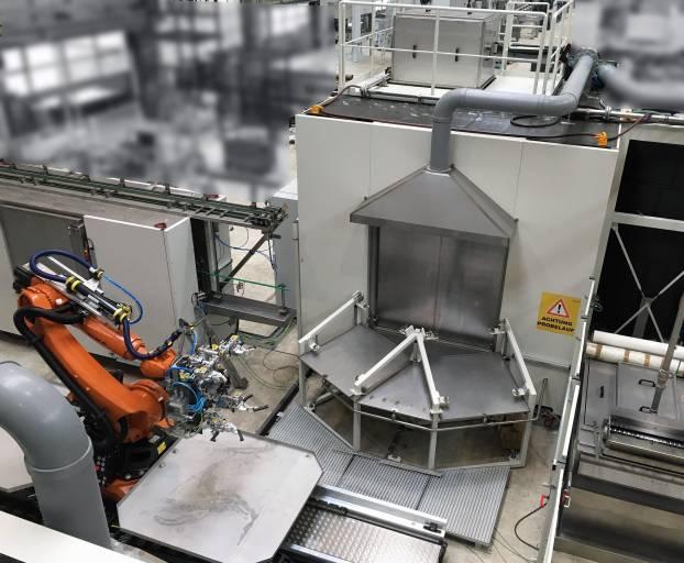 Das vollautomatisierte Anlagenkonzept ermöglicht, dass ein Integralträger innerhalb von 50 Sekunden gestrahlt, gereinigt und getrocknet wird. (Bilder: Ecoclean)