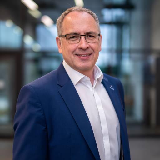 Seit 1. Juni 2021 ist DI Thilo Preß neuer Geschäftsführer bei Trumpf Maschinen Austria. (Bilder: Trumpf)