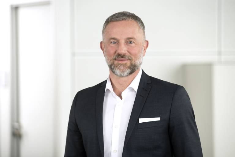 Schuler-CEO Domenico Iacovelli rückt in den Vorstand von Andritz auf. (Bild: Schuler)