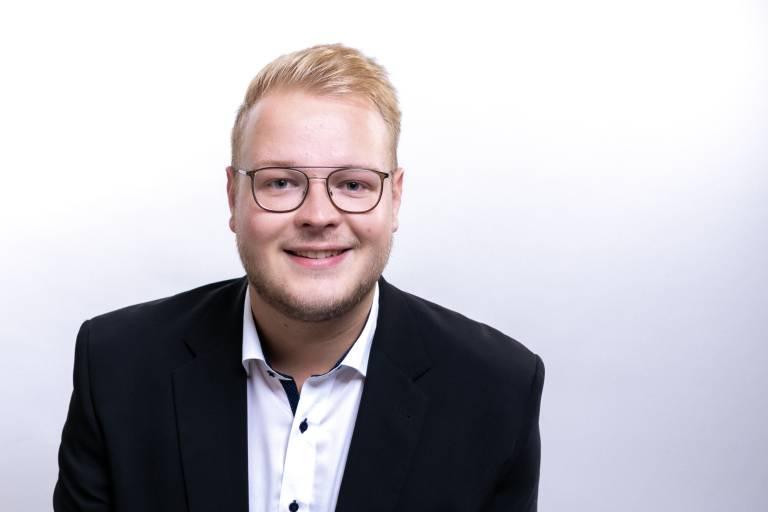 Anwendungstechniker Max Merschformann, Hurco.