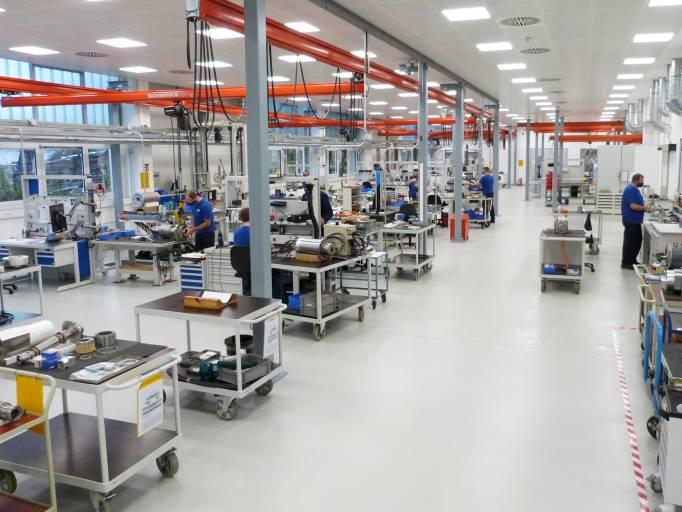 In seinem neuen, im Sommer 2020 eröffneten Montagecenter hat GMN die Durchlaufzeiten für den Zusammenbau seiner Antriebseinheiten verkürzt (Foto: GMN).