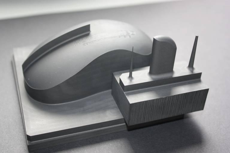 Diamantbeschichtete Werkzeuge kommen in vielen Anwendungen zum Einsatz: im Werkzeug- und Formenbau zur Grafitbearbeitung...