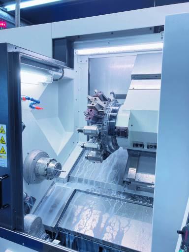 Die neue Drehmaschine des Typs Biglia B750 YS erhöht die Wirtschaftlichkeit in der Rodriguez-Fertigung dank schnellerer Bearbeitungszeiten.